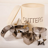 Cream Enamel Tin with Cookie Cutters